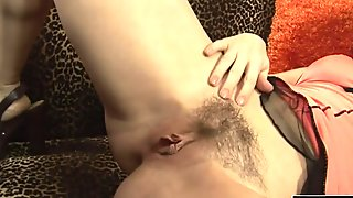Long cock penetrates her wet cunt